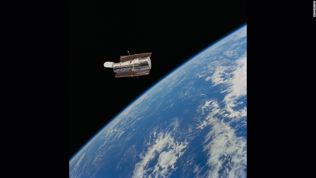What Is The Hubble Space Telescope  DK Find Out