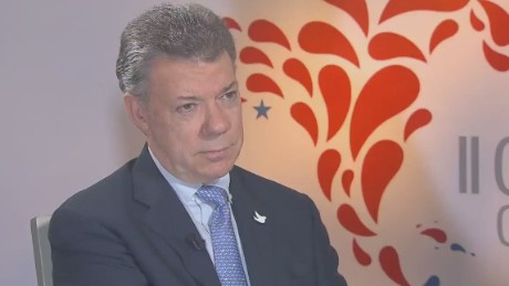 cnnee cafe intv montero colombia president juan manuel santos_00000111