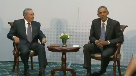 pkg acosta obama castro talk summit_00000128