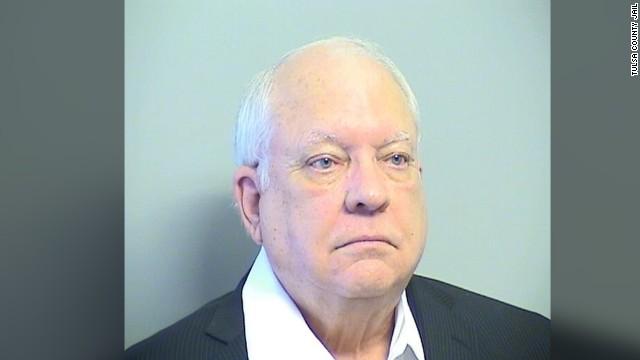 Se entrega policía responsable de tiroteo en Tulsa