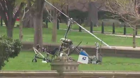 nr bpr jones gyrocopter lands near capitol _00000224.jpg