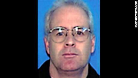 http://www.usmarshals.gov/district/nh/fugitives/kelley_s.htm
