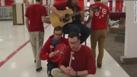 erin pkg moos singing bye to target_00002617.jpg