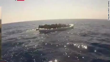 idesk vo italy migrant boat capsizes_00012823.jpg