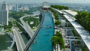 Infinity pool at SkyPark, Marina Bay Sands
