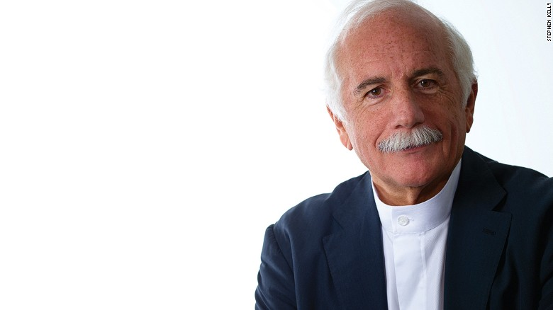 In 2015, Moshe Safdie received the Gold Medal for services to architecture, the American Institute of Architects' highest accolade.