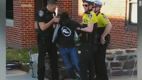 Why weren't Freddie Gray officers arrested?