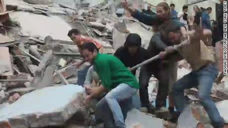 cnni beepr thomas nybo nepal earthquake_00000502