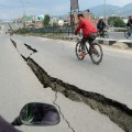 nepal quake road cracked