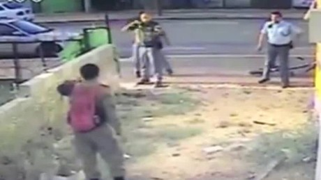 segment israeli soldier viral video_00013729.jpg