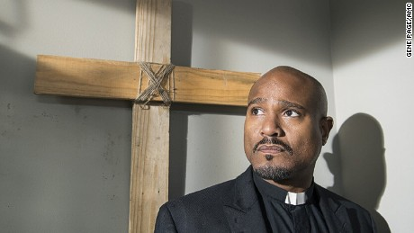 "Seth Gilliam in ""The Walking Dead"""