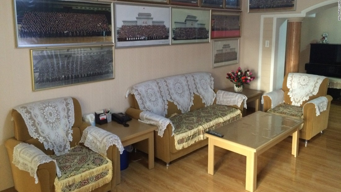 In May 2015, CNN was given rare access to a faculty apartment in an upscale area of Pyongyang, near Kim Il Sung University. The lounge was neat, if a little dated.