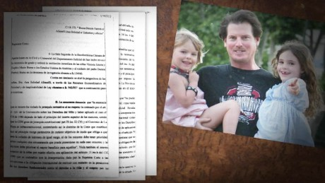 cnnee pkg cabrera burns brings daughters home_00010914