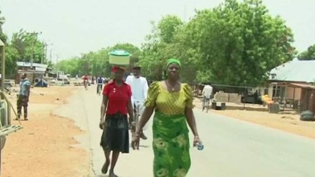 pkg sesay nigeria displaced return home_00003624