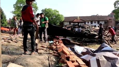 cnnee un wfp nepal second earthquake testimony_00010930
