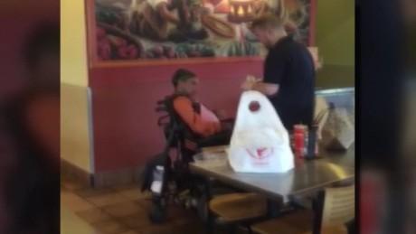 restaurant employee feeds disabled guest_00011513.jpg