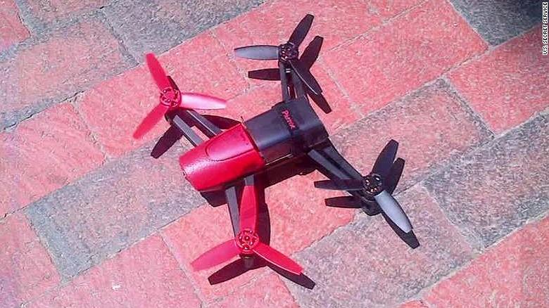 nr baldwin brown man fly drone white house_00011113