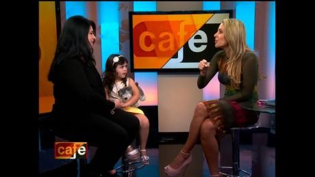 cnnee cafe requena help kids cancer _00080801