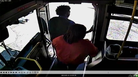 pkg train hits bus passengers scramble_00002906