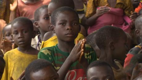 pkg magnay tanzania refugee song_00001415