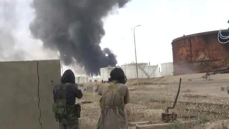 lead tapper isis gains syria iraq_00021602