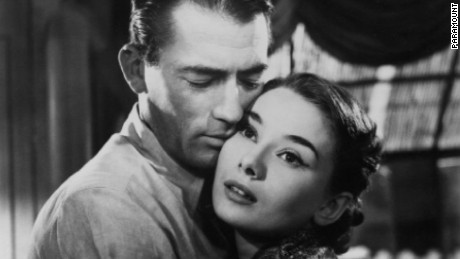 Still of Audrey Hepburn and Gregory Peck in Roman Holiday (1953)