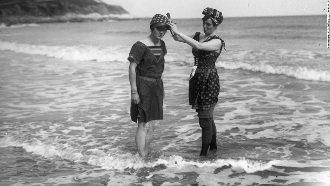 Moda na plaži nekad i sad - Page 2 150522094318-swimwear-history-1-super-169