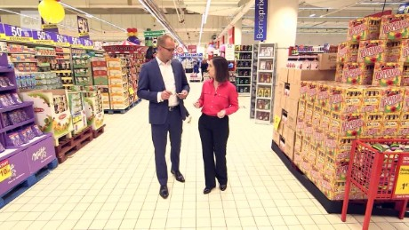 cnnee pkg  petkoff carrefour search_00013913
