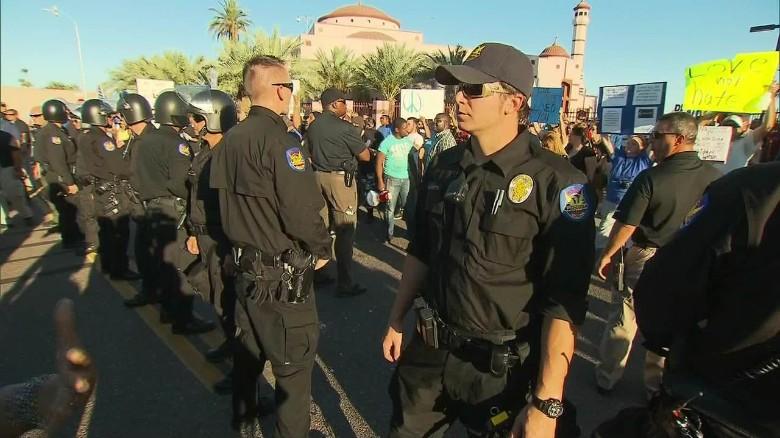 lok sidner phoenix islam protests_00010229