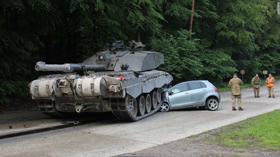 military tank crushes teenage driver 39 s hood. Black Bedroom Furniture Sets. Home Design Ideas