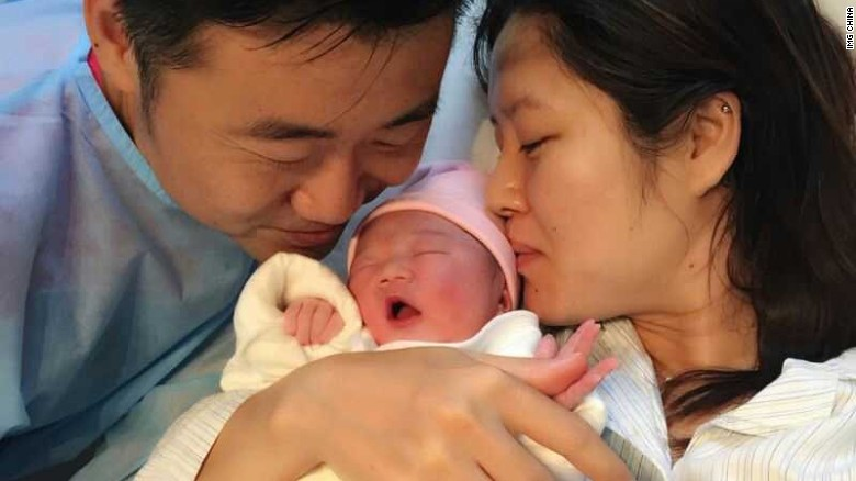 Na Li - Page 13 150603103306-li-na-baby-exlarge-169