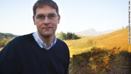 CNN Hero Magnus MacFarlane-Barrow