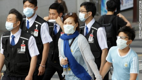 S. Korea shuts down more than 500 schools to fight MERS