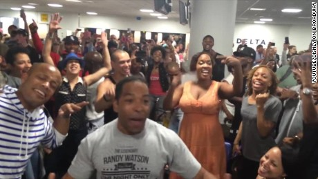 Lion King Aladdin Broadway airport sing off Newday daily hit _00023015