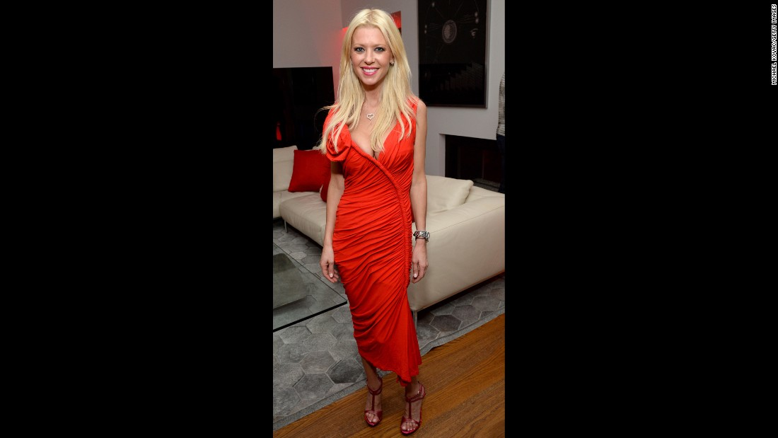 "In April 2015, actress <a href=""https://twitter.com/TaraReid/status/583159389344808960"" target=""_blank"">Tara Reid tweeted</a> to the media to ""stop bullying"" her about her weight, as she says she is a ""skinny girl."""