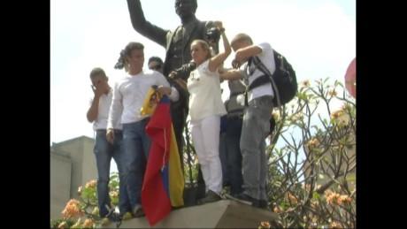 cnnee pkg hernandez venezuela oppo demands elex date _00004728