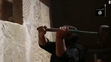 isis sells artifacts wedeman sot newday_00001813