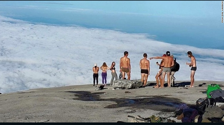 Malaysia Tourist Mountain Nude Tourists Atop Mountain