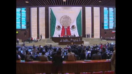 cnnee pkg rodriguez mexico elex new congress_00005515