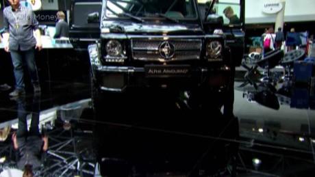 cnnee pkg clix armored cars_00002520