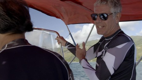 octopus hunting bourdain hawaii_00000526.jpg