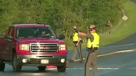 Cops shut down highway to search for escaped killers