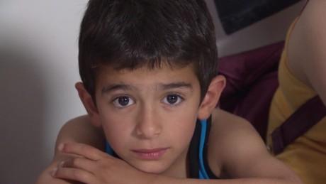 syrian refugees in greece soares pkg_00010421