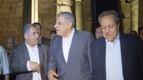 egypt pm visits luxor violence lee pkg_00000125.jpg