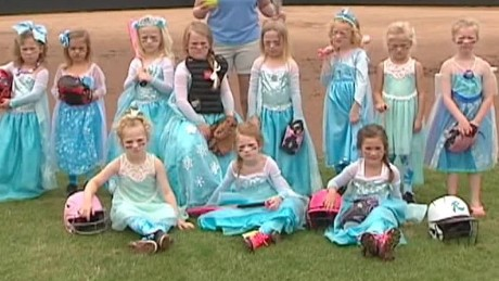 frozen girls tball team softball pkg_00000918.jpg