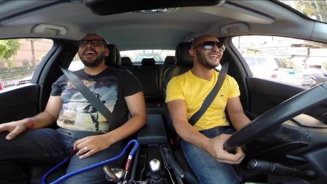 comedians see the funny side of cairo traffic orig_00014924