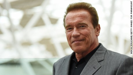 Arnold Schwarzenegger's last act as governor follows him - CNN.com