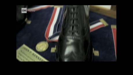 cnnee pkg yurkevich presidents shoes_00012813