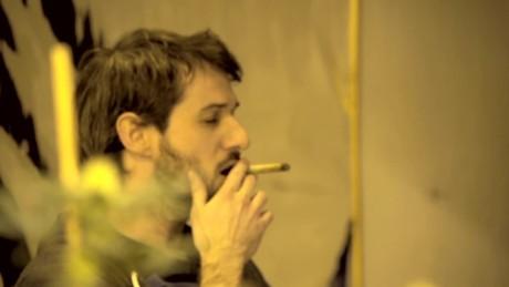 cnnee pkg klein cannabis first club uruguay _00033910