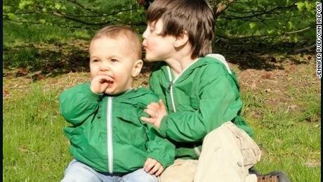 ruef edison 4 donovan baby outside